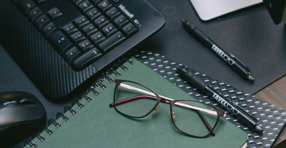 How Do Blue Light Glasses Work?