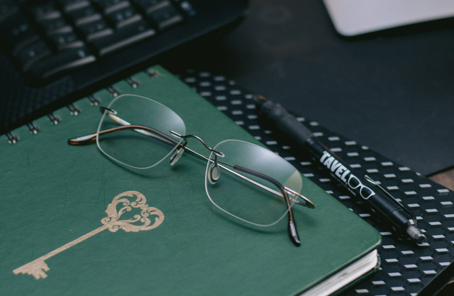 Barely There Eyewear™ | Lightweight Rimless Glasses